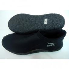 IST短筒 膠底防滑鞋-黑 S38BK